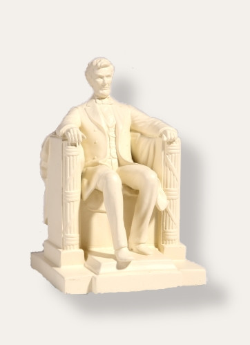 Seated Lincoln Sculpture - Lincoln Memorial