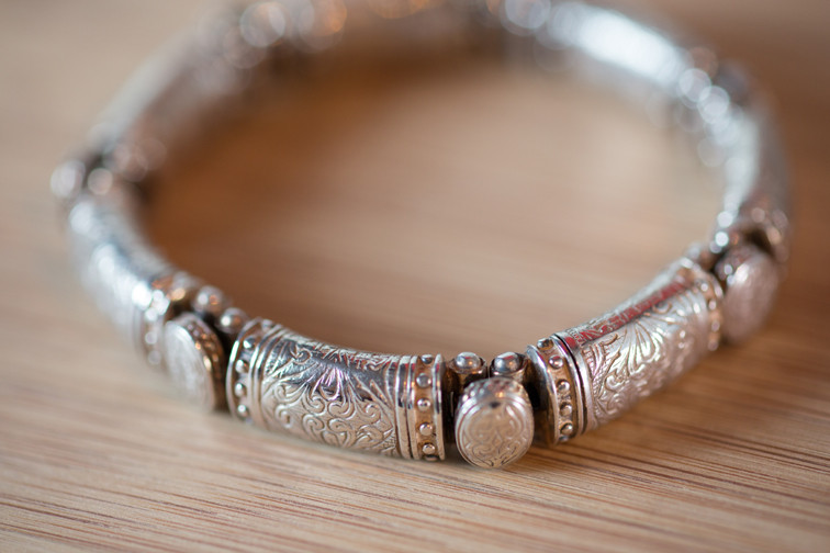 Silver Etched Oval-Station Bracelet by Konstantino